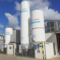 Cryogenic bulk tanks